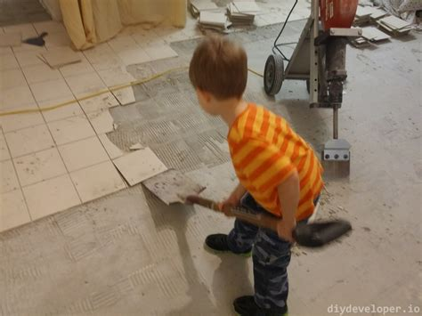 Removing Floor Tiles And Thinset · Diydeveloperio
