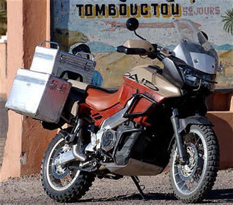 aprilia caponord 1000 aprilia caponord rally raid 1000 etv 2005 fiche moto motoplanete