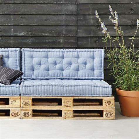 karwei pallets 25 best ideas about pallet lounge on pinterest pallet
