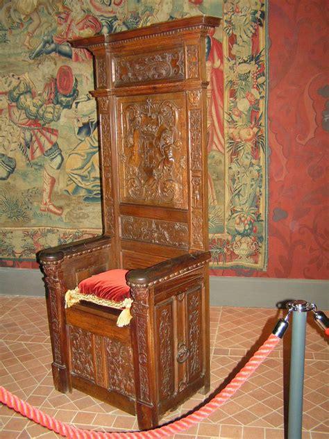 chaise du moyen age loir et cher blois chateau