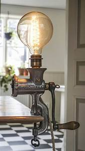 Lampe Aus Alten Holzbalken : handgefertigte lampe aus einem alten fleischwolf schwedischer vintage fleischwolf von h ~ Orissabook.com Haus und Dekorationen