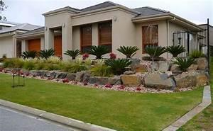 Landscape design for sloped front yard izvipicom for Front yard slope landscaping ideas