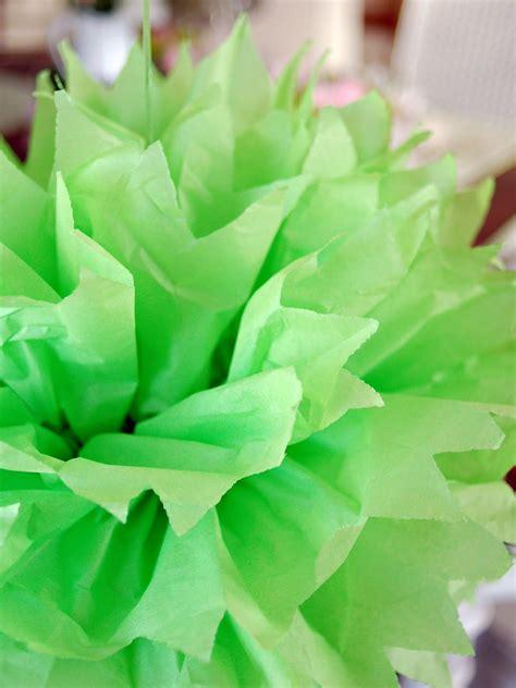 How To Make Tissue Pom Poms Hgtv