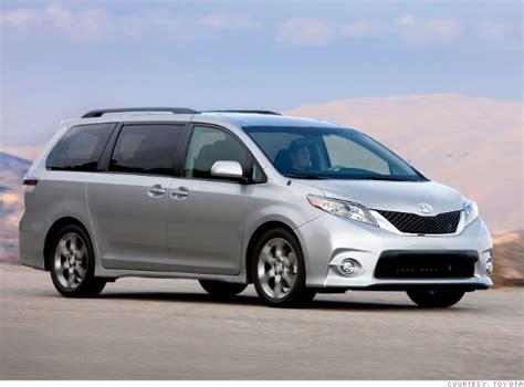 minivan toyota sienna fwd consumer reports