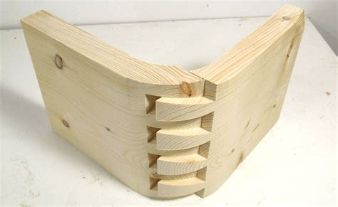 dovetail joint impossible looking dovetail joint