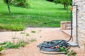 Isolierung Wasserleitung Außenbereich : wasseranschl sse im garten so sind sie ber den winter gesch tzt ~ Frokenaadalensverden.com Haus und Dekorationen