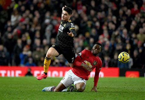 Manchester United 0 Wolves 0 - Report and pictures ...