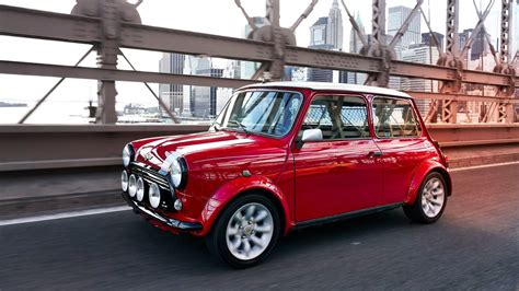 Electric Auto by Classic Mini Gets Electric Powertrain For The 2018 New