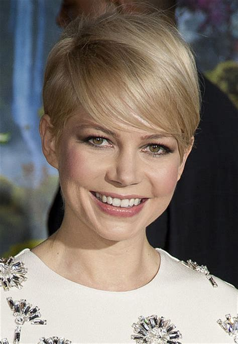 Tips for Growing Out a Pixie Cut   BEAUTY
