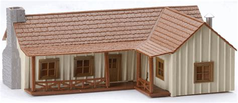 21388 Country Lshaped Ranch House [621388] $1519