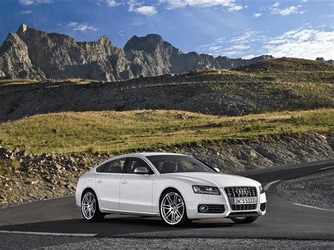 2011 Audi S5 Sportback Pictures