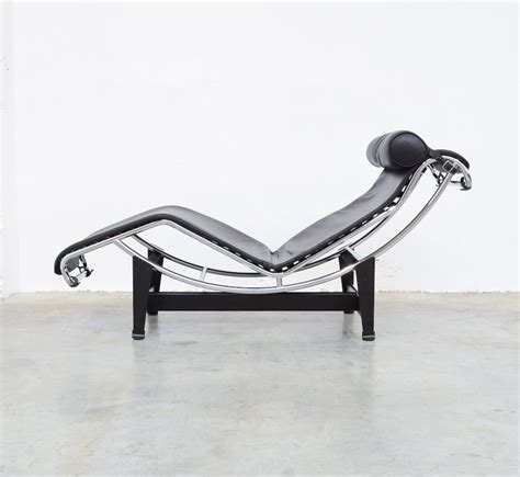 chaise longue le corbusier vache chaise longue lc4 by le corbusier for cassina vintage