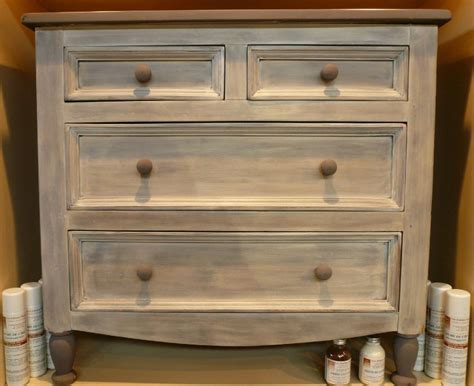 peinture table cuisine comment customiser un meuble cool finest finest comment
