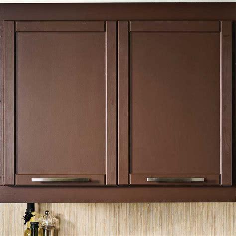 renover des armoires de cuisine transformer une armoire de mélamine avec des moulures en