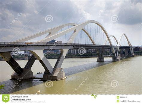 pont des temps moderne pont moderne de vo 251 te image libre de droits image 33345516