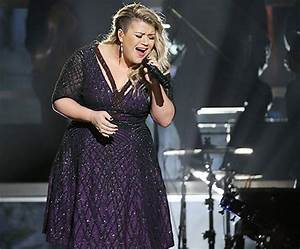 Olio by Marilyn: A Tribute to Piece by Piece by Kelly Clarkson