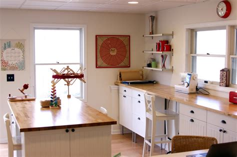 Craft Rooms : Some Considerations When Building Your Own Craft Room