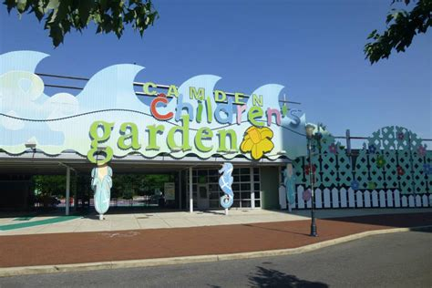 camden children s garden top 12 family friendly attractions visit philadelphia