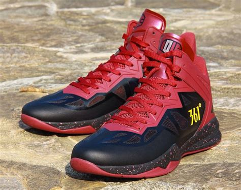 kevin love signature shoe  degrees sneakernewscom