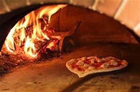 four 224 pizza au feu de bois picture of charmes de provence esch sur alzette tripadvisor