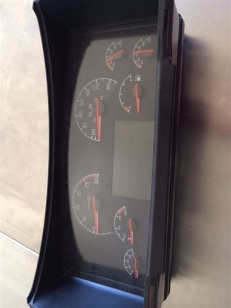 volvo semi truck tractor speedometer gauges dashboard