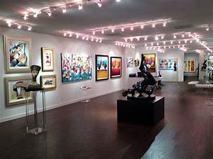 Top 8 Florida Art Gallery Districts For Colorful Art