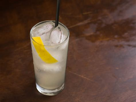 tom collins cocktail time for a drink tom collins recipe serious eats