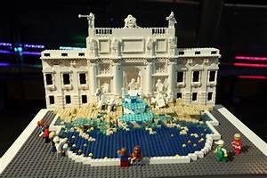 Lego Brick City - Trevi Fountain | BoxMash