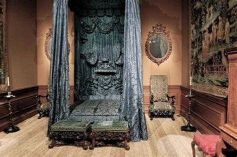 chambre gothique on vous présente la déco gothique en photos