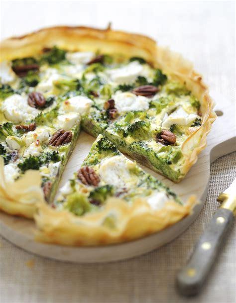 recettes de cuisine 3 tarte brocolis chèvre pour 6 personnes recettes à table