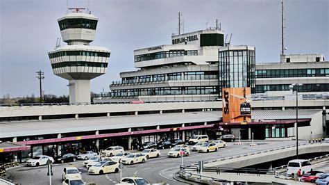 flughafen tegel ankunft diskussionen um weiterbetrieb des flughafens tegel radioeins