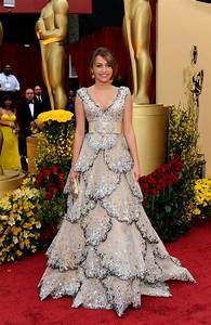 Miley Cyrus In Zuhair Murad Dress For Oscars 2009 - StyleFrizz