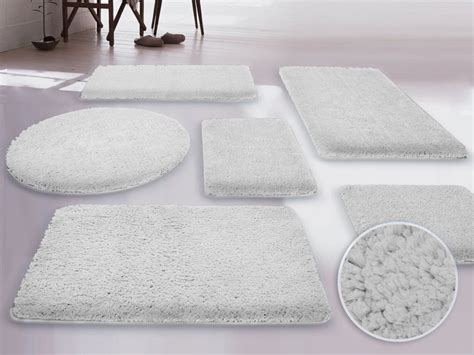 Small Rugs For Bathroom by White Fluffy Large Bathroom Rugs Set Large Bathroom Rugs