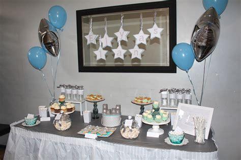 chambre violetta anniversaire thème étoiles pour les 1 an d 39 elyas