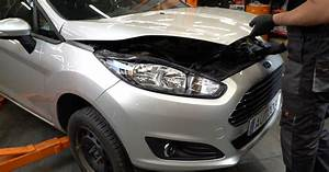 How To Change Front Brake Discs On Ford Fiesta Ja8