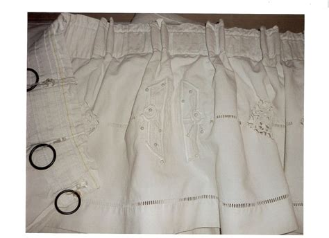 rideau avec drap ancien rideau avec drap ancien et perles photo de cr 233 ations uniques rideaux stores l atelier de