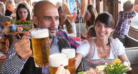 The name paulaner has stood for the highest quality and munich beer culture since 1634. Bayern Munich stars attend start of Oktoberfest 2015 | teamtalk.com