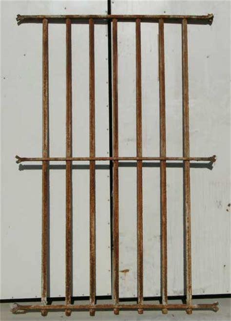 grille de securité pour fenetre grille de protection pour fen 234 tre balcons et grilles