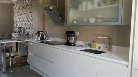 cuisine 187 cuisine blanc mat sans poign 233 e 1000 id 233 es sur