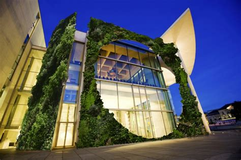 Moderne Häuser Und Gärten by Moderne Architektur H 228 User Die Sich Mit Der Natur Vereinigen