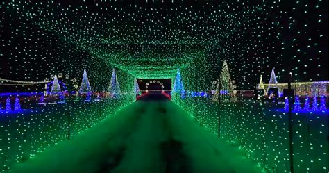 longest last christmas lights a mile drive through light display is coming to water world fox31 denver