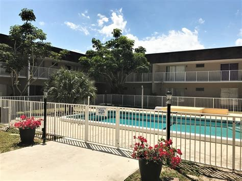 Included Apartments Brandon Fl by Brandon Palm Springs Apartments Palm Springs Fl