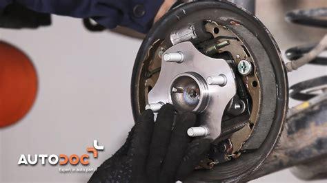 como cambiar cojinete de rueda trasero toyota yaris xp
