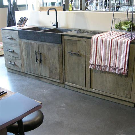 cuisine bois et fer cuisine où trouver des meubles indépendants en bois brut