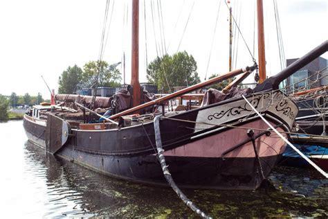 Woonboot Te Koop Kanaalweg Utrecht by Te Koop 5 X Woonboten In Utrecht Indebuurt Utrecht