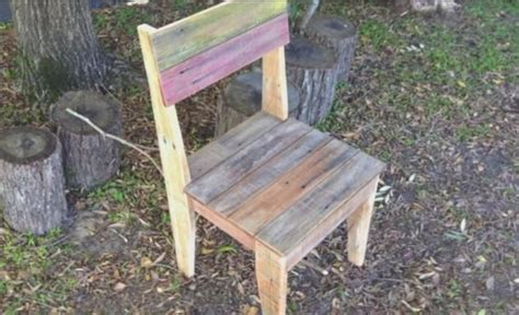 how to make chairs out of pallets onejive comonejive