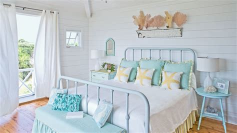 Grey And Turquoise Living Room Decor by 100 Comfy Cottage Rooms Coastal Living