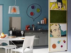 cloison separation cuisine salon decoree avec posters pop With terrasse jardin leroy merlin 18 une cloison deco pour separer sans assombrir