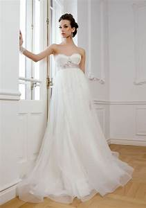 Guide on choosing wedding dress for pregnant brides for Wedding dress for pregnant bride