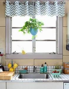 Ideen Fürs Küchenfenster : small k chenfenster vorhang ideen k che dekoration ~ Markanthonyermac.com Haus und Dekorationen